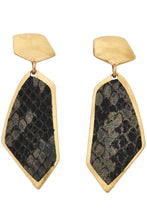 Load image into Gallery viewer, Snake Print Geometric Earrings