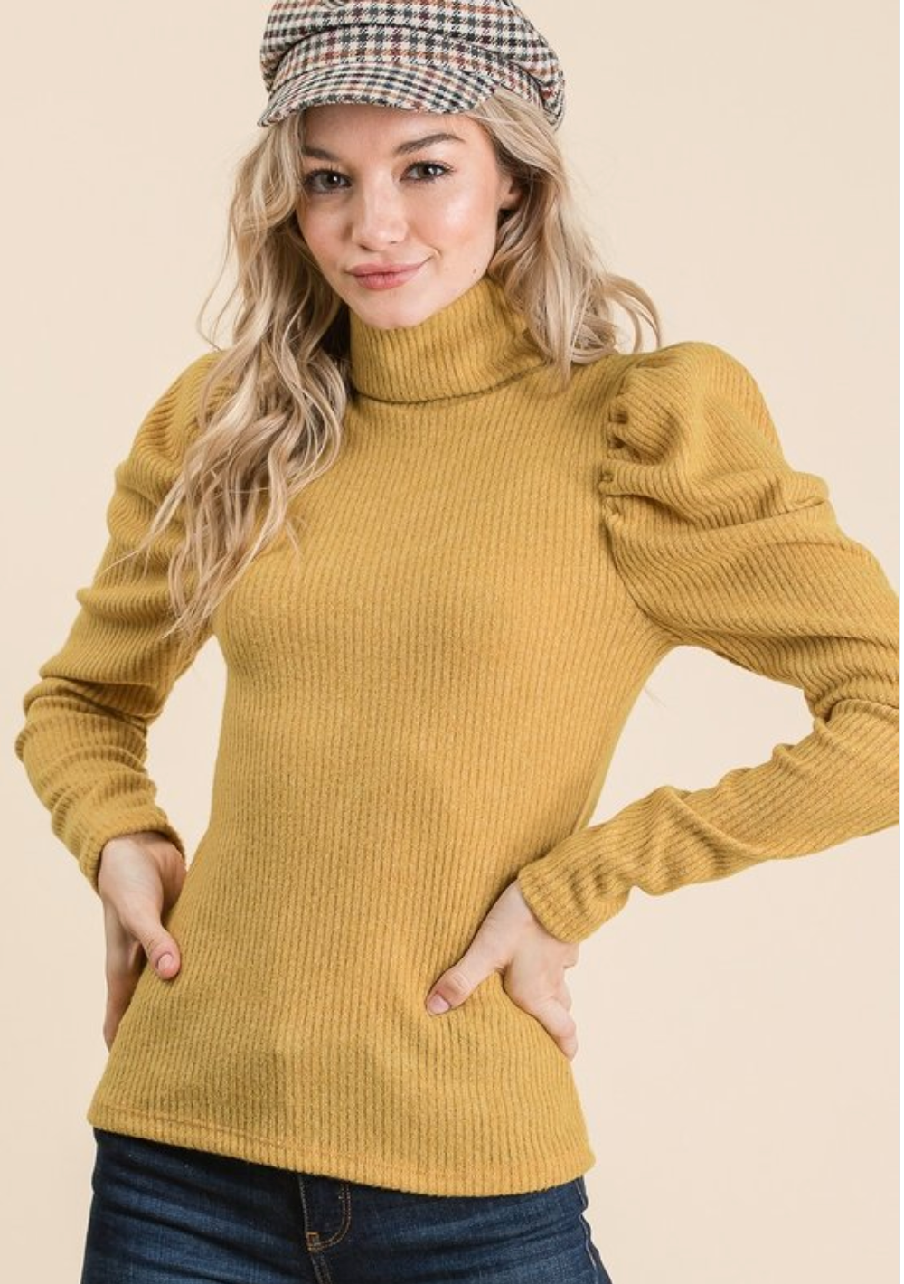 Puff Up Turtle Neck In Mustard
