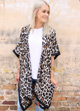 Load image into Gallery viewer, Beige Leopard Print Kimono