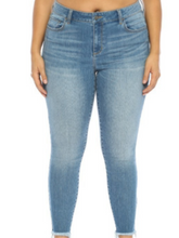 Load image into Gallery viewer, Mid Rise Medium Wash Crop Denim Jeans - Plus Size