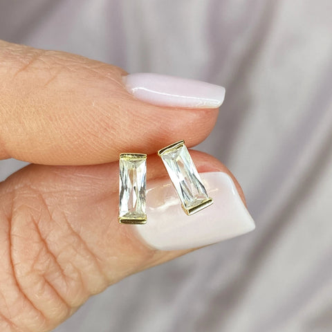 "Clear Cubic Zirconia ""Sparkling Tower"" Studs"