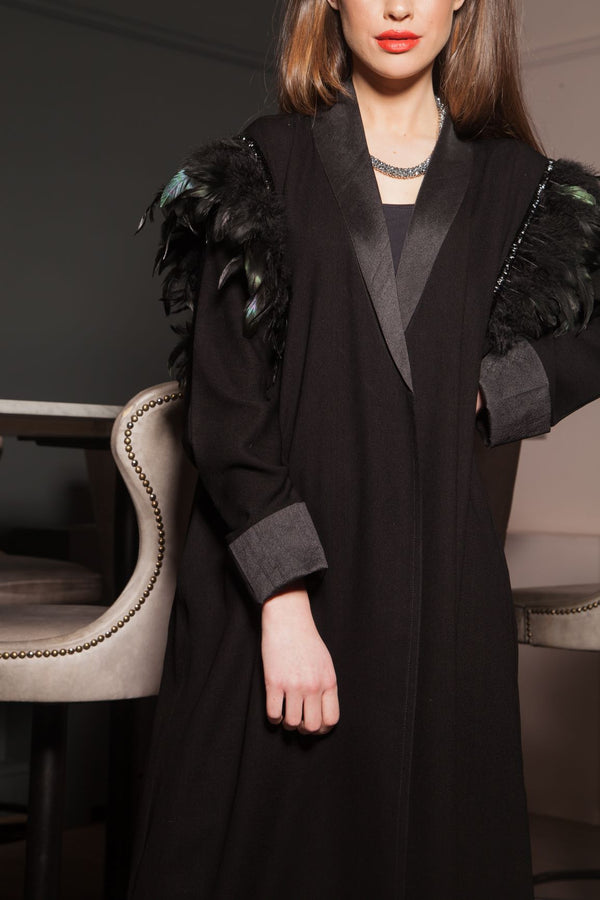 FEATHER SHOULDER ABAYA