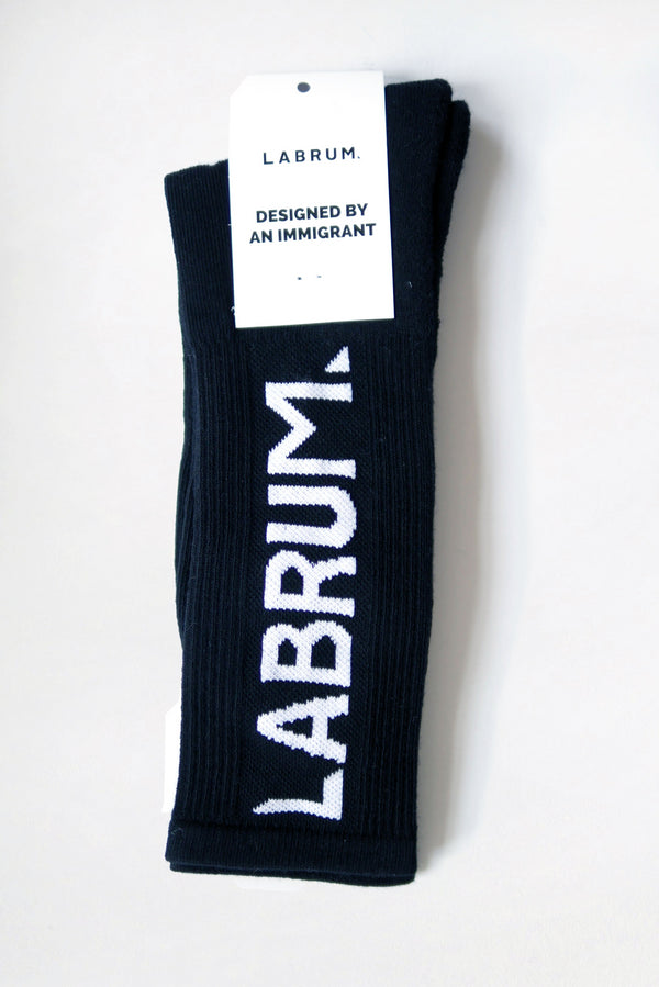 BLACK RIBBED SOCKS