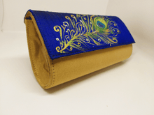 Load image into Gallery viewer, Peacock Feather Painted Purse
