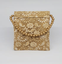 Load image into Gallery viewer, Gold Net Mobile Pouch