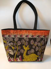 Load image into Gallery viewer, Deer Print Tote