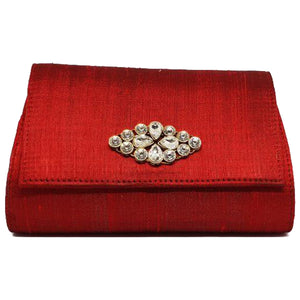 Maroon Basic Clutch