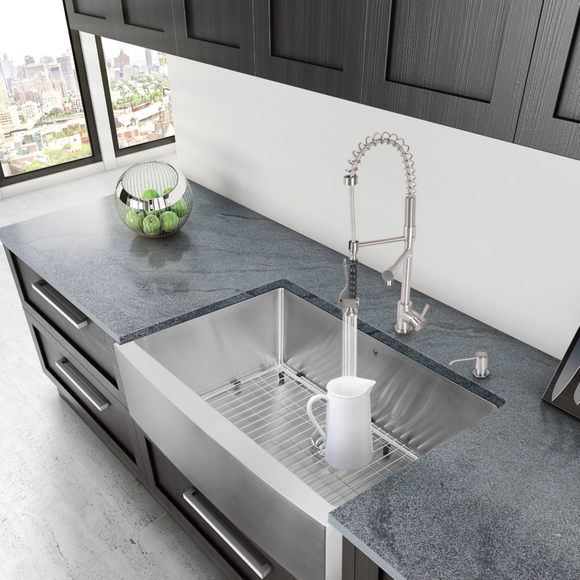 VIGO Farmhouse Apron Staineless Steel Undermount Sink (Model: VGR3320CK1)