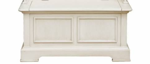 Pulaski Furniture White Hall Chest/Bench
