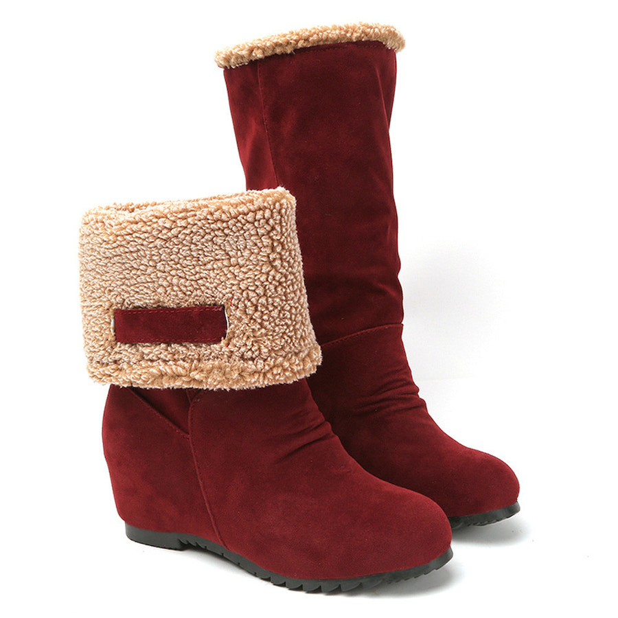 Pair of ankle boots.