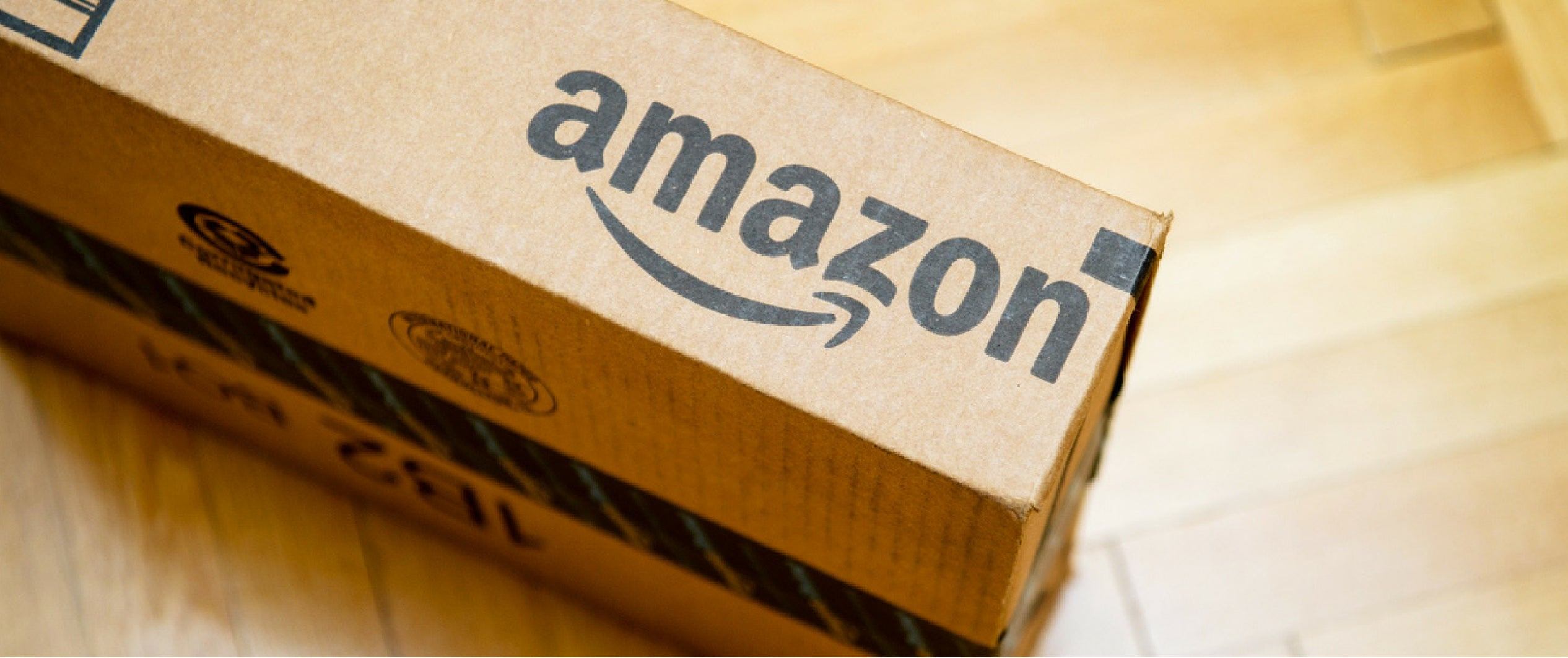 The Pros and Cons of Selling on Amazon and eBay