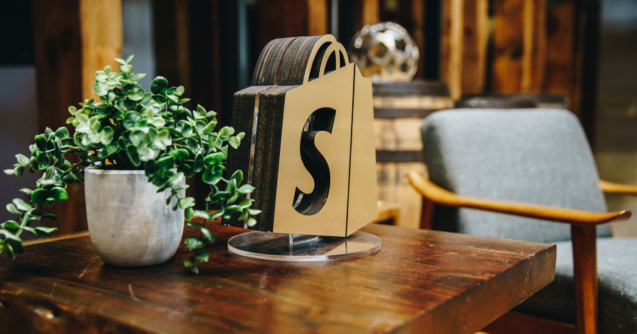 The best Shopify themes for any industry.