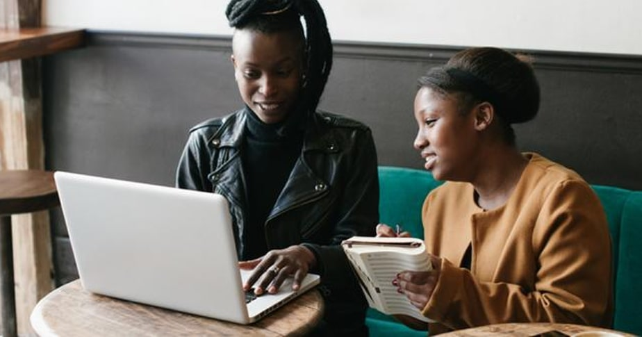 How to Find a Mentor (Plus 6 Places to Look For One)