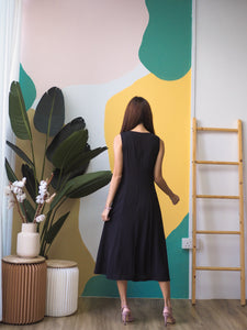 Beatrix Dress  - Black
