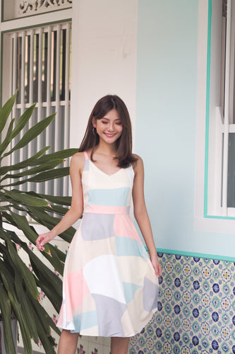 Adora Abstract Dress - Pastel