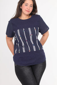 Navy Tee M/Farvrige blomster - Plus - Miss Rathje