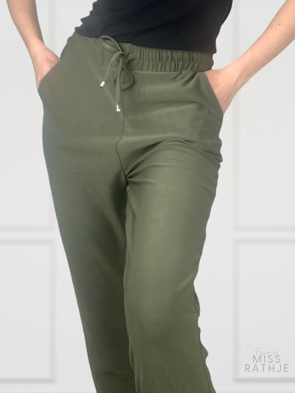 Highwaist khaki pants Str. 36-42