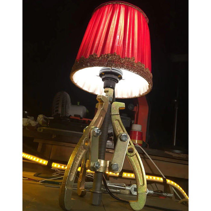Steampunk Industrial Style Tripod Table Lamp Mechanical Metal Desk Lamp