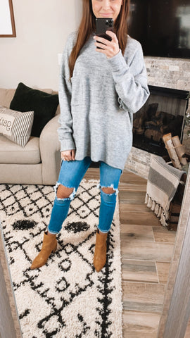 HEATHER GREY OVERSIZED POCKET SWEATER (S-XL)