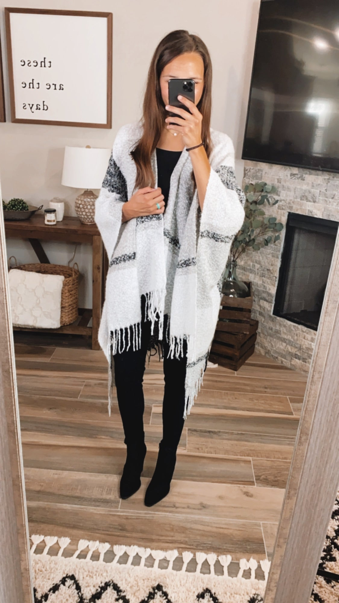 GREY PLAID PONCHO