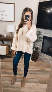 SIMPLE SEASONS SWEATER