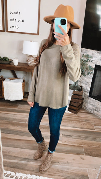 BRUSHED BASIC TOP - Olive