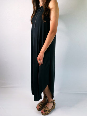 EVERYDAY RAW EDGE SLEEVELESS DRESS - Black