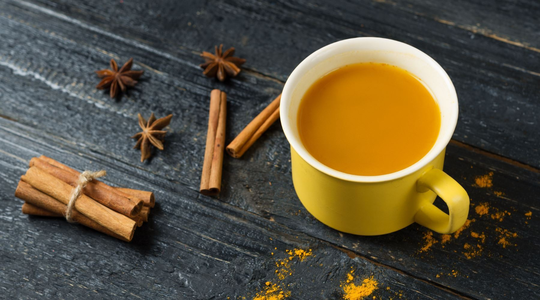 15 Amazing Benefits of Turmeric Tea