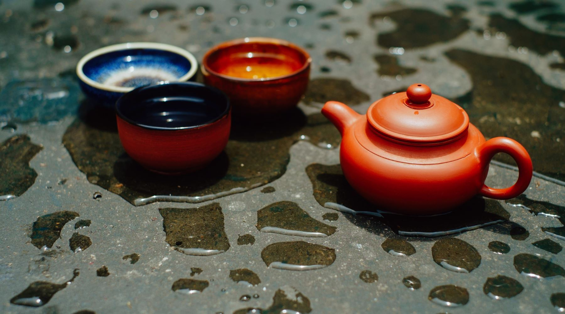 Why Chinese Teapots Are So Small?