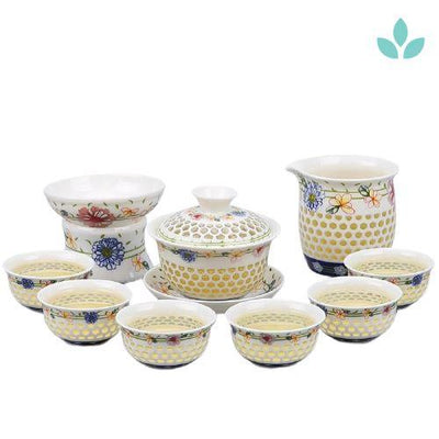 Porcelain Gaiwan Tea Set with See-Through Pattern-TopicTea