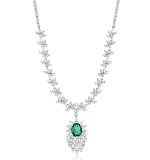 18K EMERALD AND DIAMOND NECKLACE