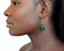 Load image into Gallery viewer, Swing earring - Forest Green