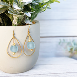 Teardrop earring - Ice Blue
