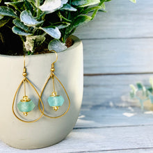 Load image into Gallery viewer, Teardrop earring - Turquoise