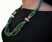 Load image into Gallery viewer, 'Knot Your Average' necklace - Green