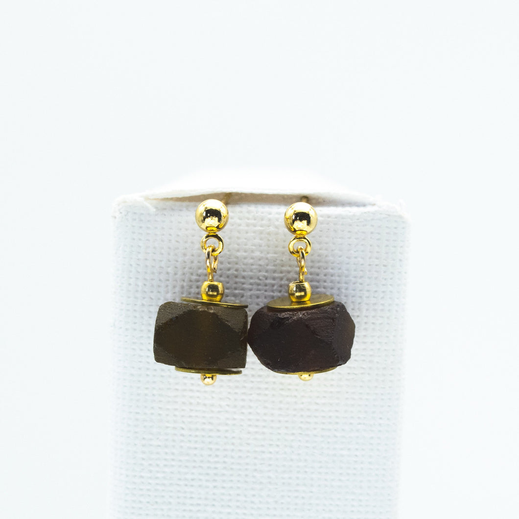 (Wholesale) Brown Garnet Zodiac Birthstone Earrings (January)