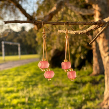 Load image into Gallery viewer, Double drop earring - Pink