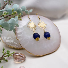 Load image into Gallery viewer, Radiant earring - Navy