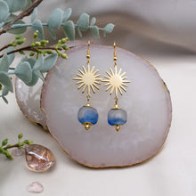 Load image into Gallery viewer, Radiant earring - Sky Blue