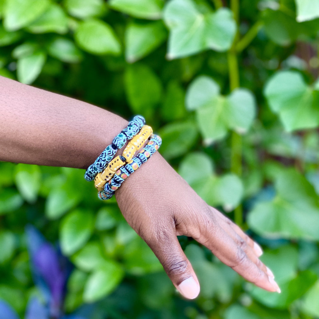 (Wholesale) Hand painted triple stack bracelets - Green & Yellow