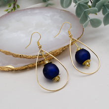 Load image into Gallery viewer, Teardrop earring - Navy