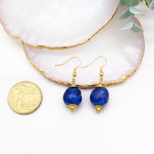 Load image into Gallery viewer, (Wholesale) Swing earring - Cobalt Swirl