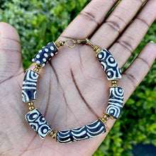 Load image into Gallery viewer, (Wholesale) Black & White Hand Painted Bracelet