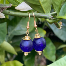 Load image into Gallery viewer, Swing earring - Navy