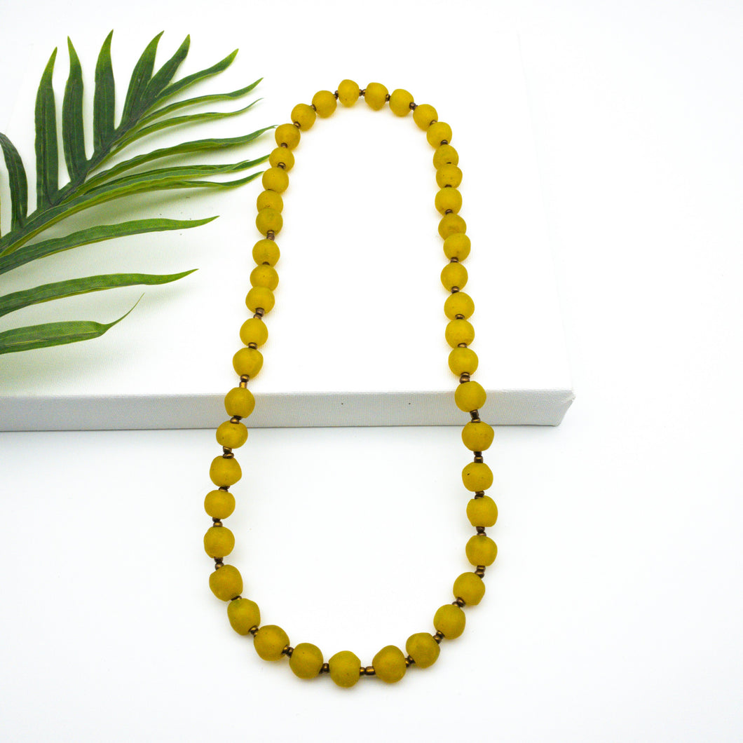 (Wholesale) Long single strand necklace - Yellow