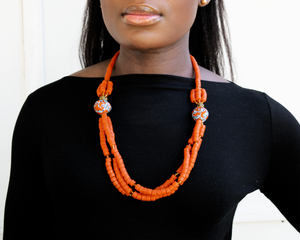 'Knot Your Average' necklace - Orange