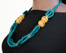 Load image into Gallery viewer, 'Knot Your Average' necklace - Teal