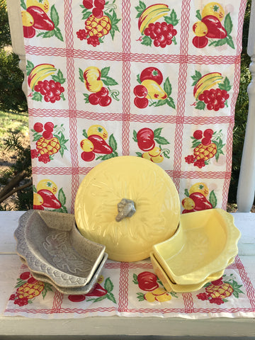 Acorn and Leaf Hoenig of California Lazy Susan Set