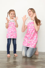 Load image into Gallery viewer, waterproof aprons for kids