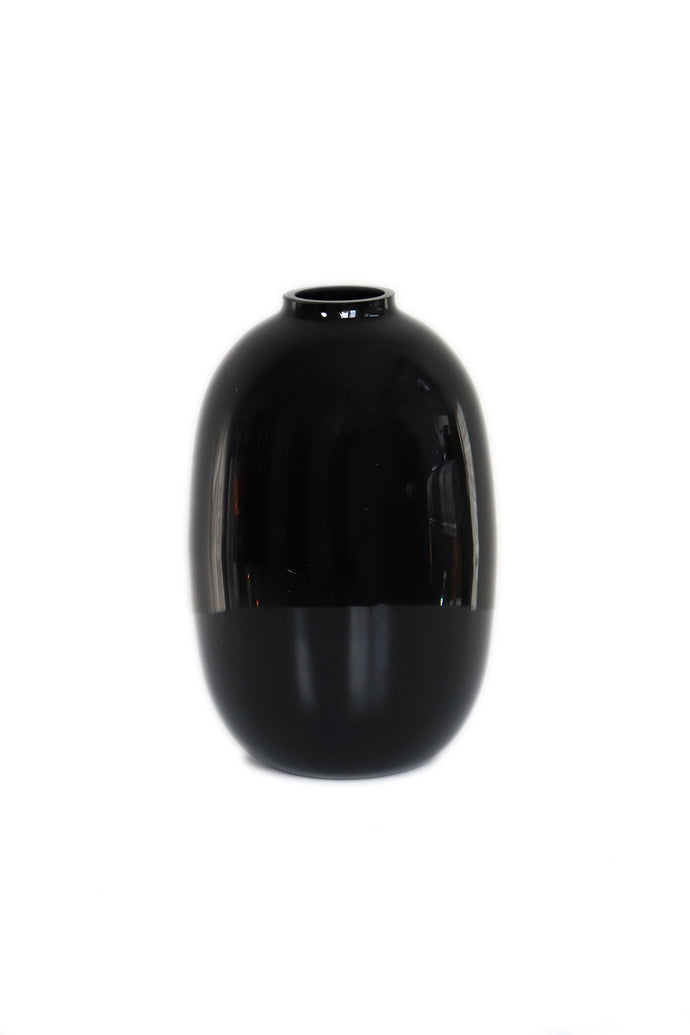 Black Rose Bud Vase